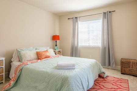 Clean and Cozy Private Room - Atascadero