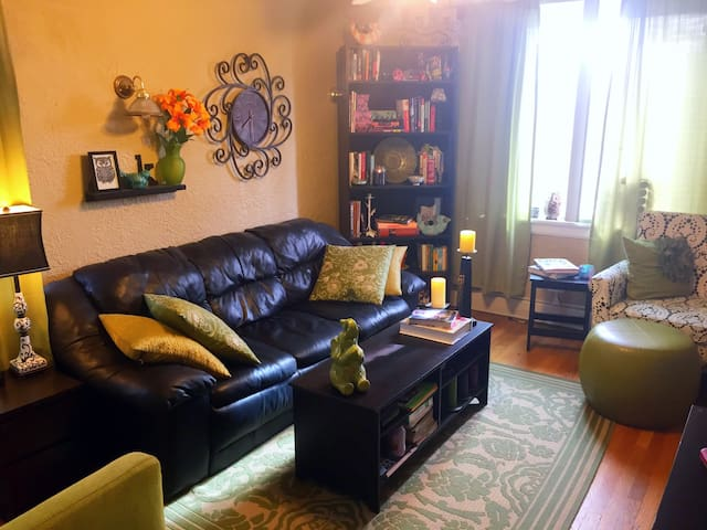 Charming apartment in the heart of Capital Hill - Denver - Apartemen