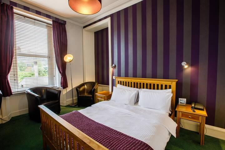 Inn at the Park Double Room