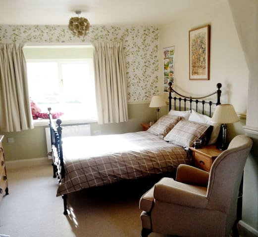 Old Pottery Barn B&B - Ingleborough Room - Bentham - Bed & Breakfast