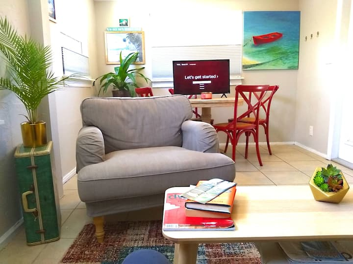 Oasis at Historic Kenwood-Downtown St. Petersburg