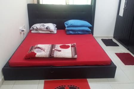 2 BHK available for a month in Al nahda , Sharjah - Sharjah - Daire