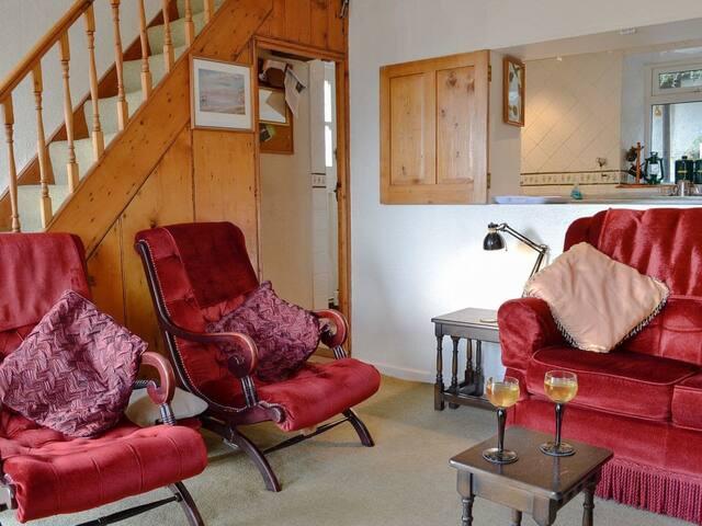 Iola Cottage - 28052 (28052)