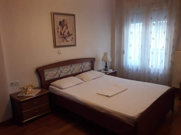 Apartment on the main pedestrian street of Florina