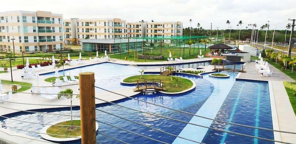 Área de Lazer - Piscina - Campo de  Futebol - Quadra Esportiva