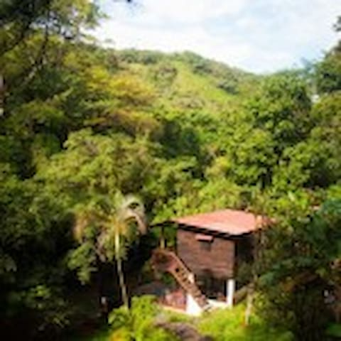 Mamallena Eco Lodge - Private Room With River View - Anton Valley - 公寓