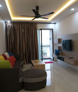 Raffles Suites 2 Bedroom Homestay