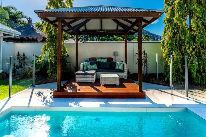 The Last Stand - Seaside Villa @ Palm Cove