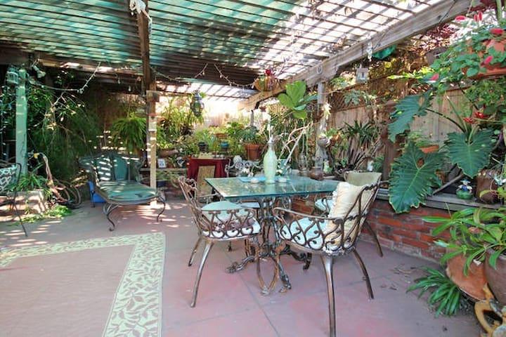 Convenient Apt nr Hillcrest, Park & Downtown - San Diego - Apartamento