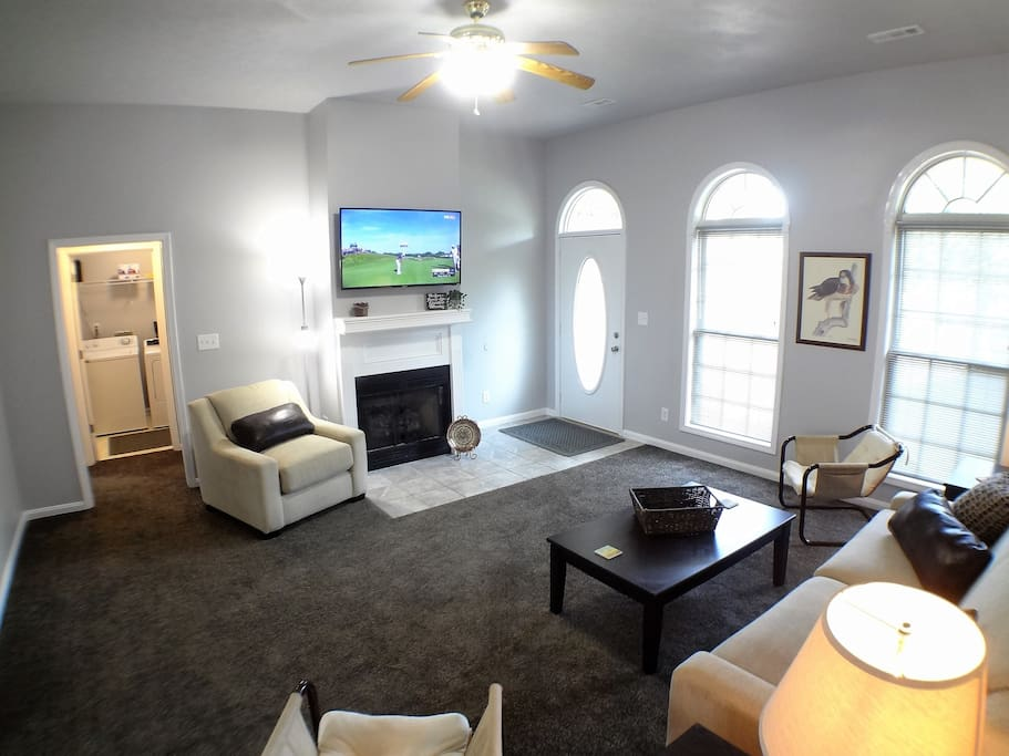 Large Family Room with 4K TV