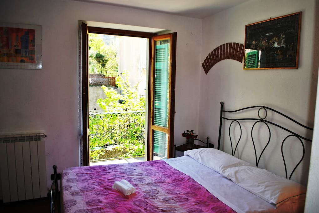 Room with balcony 204 boutique hotel in affitto a for Boutique hotel liguria