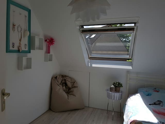 Stylish, Bright and cosy room - Purmerend - Casa