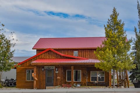 The Red Roof=A Relaxing Destination for Your Crew!