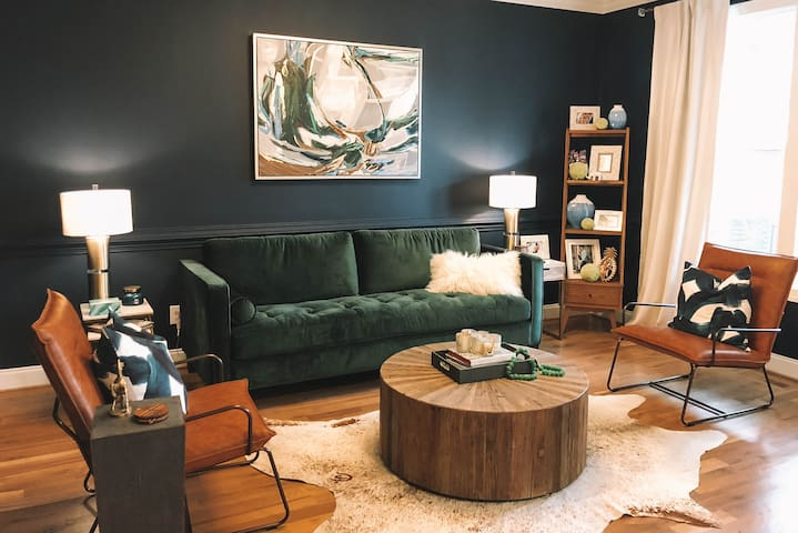 NEW-Designer Home Minutes from Downtown Raleigh!!!