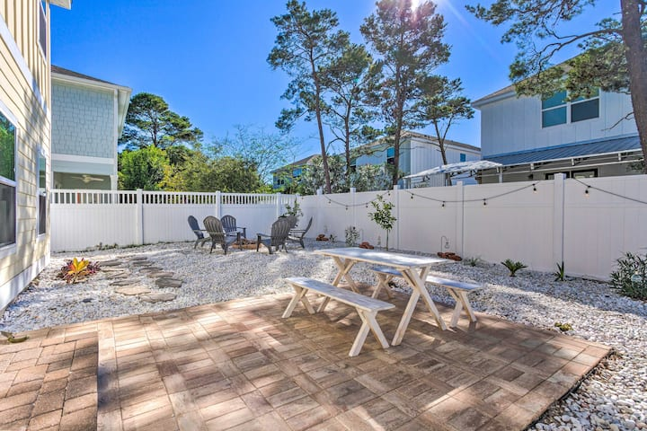 NEW! Spacious Home < 0.3Mi to Inlet Beach & Dining