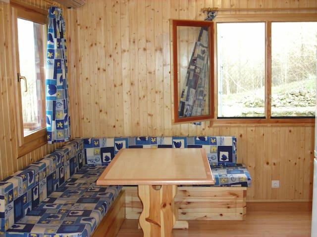 casas de madera  cinco castaños - Béjar