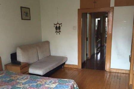 [温馨小屋]  便利的超赞公寓 在家里一样的二居室 - Beijing