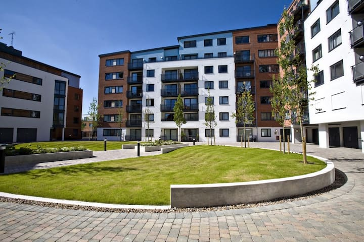 The Atrium, Camberley(Two bedroom apartment)