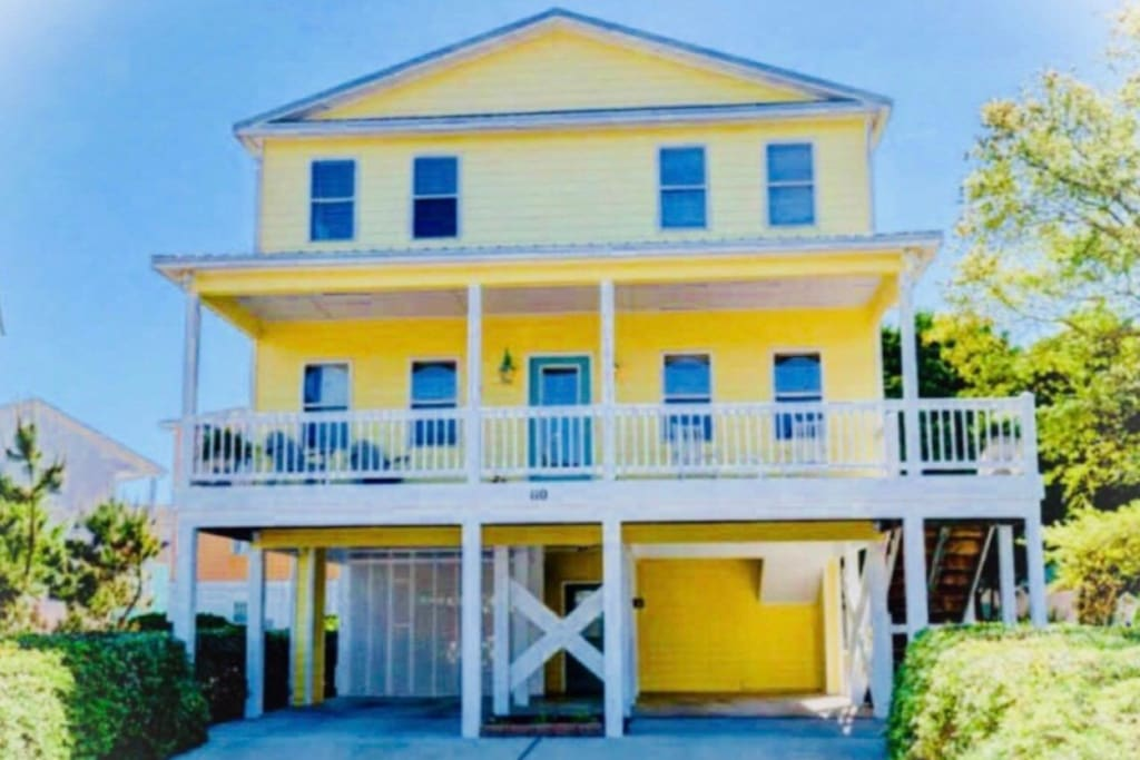 Unwind, relax and discover your hidden gem at Treasure Landing in Kure Beach, North Carolina.