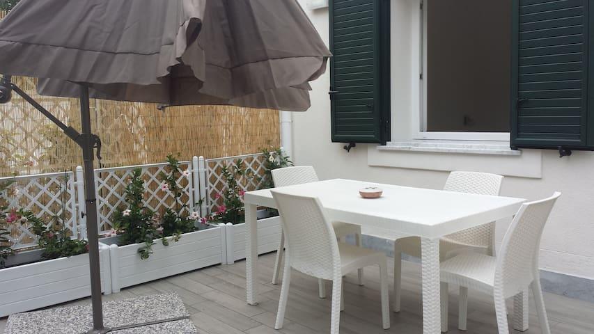 MONDELLO LAST MINUTE - Palermo - Haus