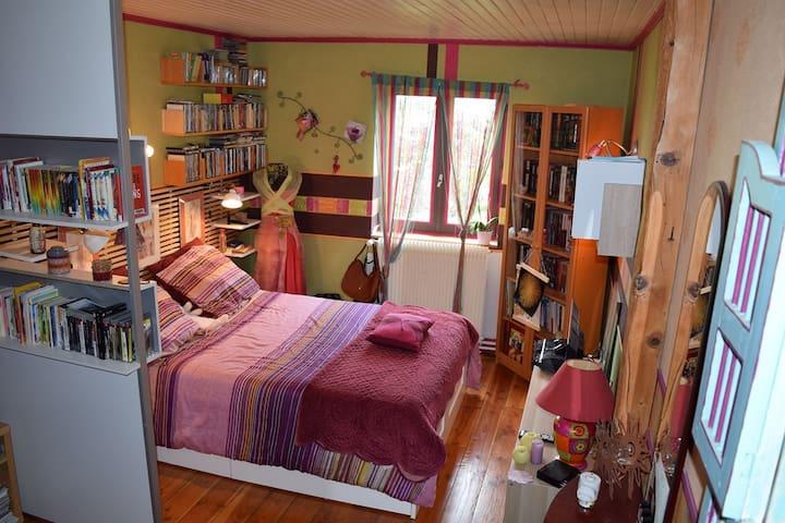 Chambre 2-  lit 2 places