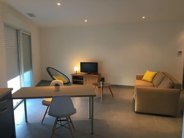 Appartement neuf 80m2 avec terrasse 10min dAvignon - Morières-lès-Avignon - Apartment