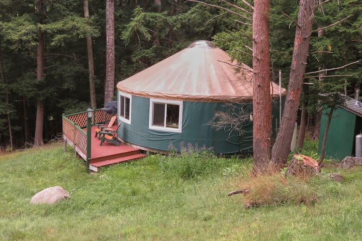 High Peaks Yurt with all the amenities