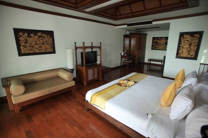 Lux bedroom with private balcony in Koh Samui