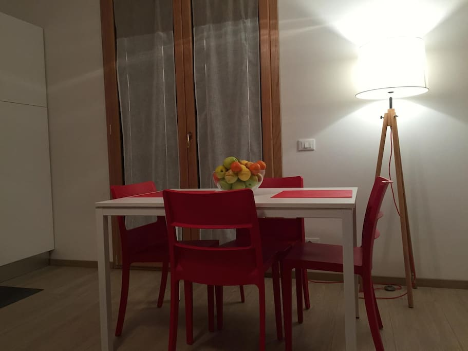 La Casa Rossa Private Parking Apartments For Rent In La Spezia Liguria Italy