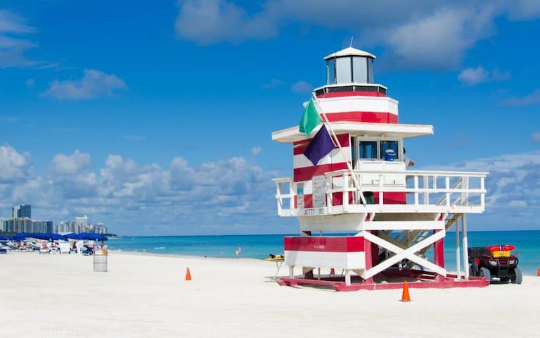 Cute 1 bed one clock from beach #A3 - Miami Beach - Apartemen