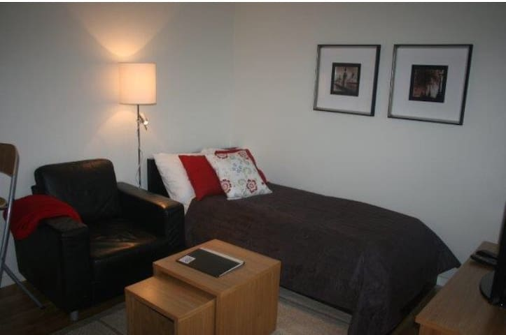 We rent out hotel apartments fully equipped