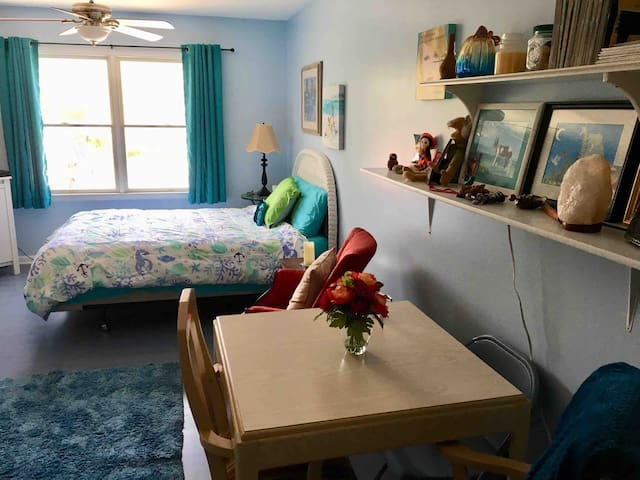 West Ocean City: Private Studio, Close To Beach