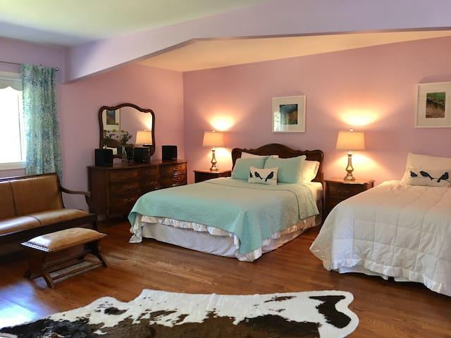 Banded Peak bedroom