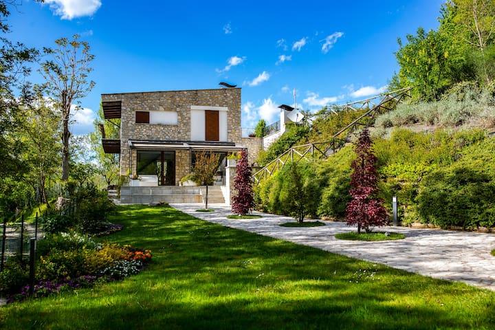 Cottage esclusivo sul fiume nel Parco del G. Sasso