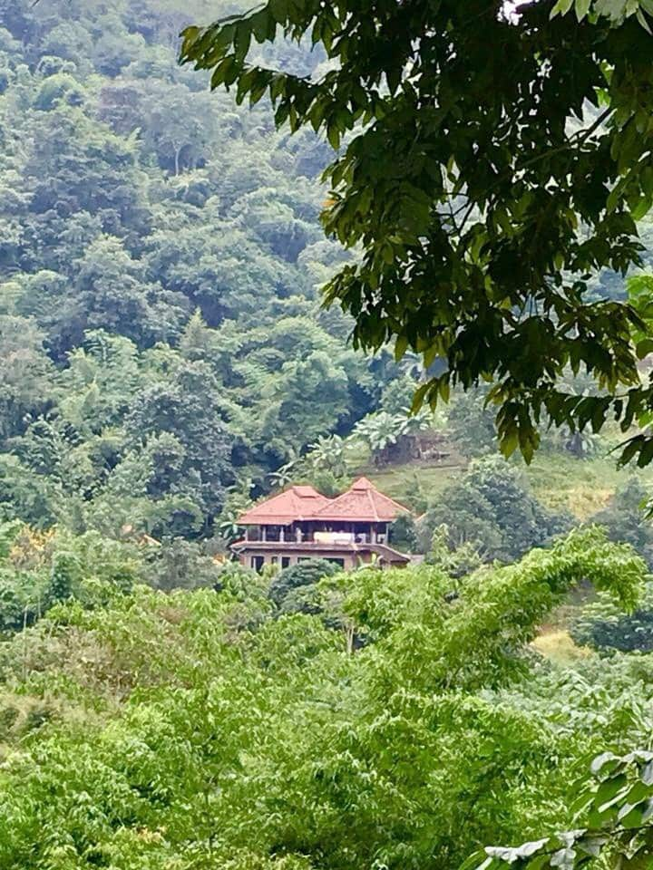 Cozy Mountainside Villa 4 Bedrooms, sleeps up to 7
