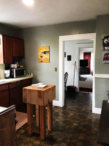 Cute and Cozy home near the Whitaker District - Eugene - Casa