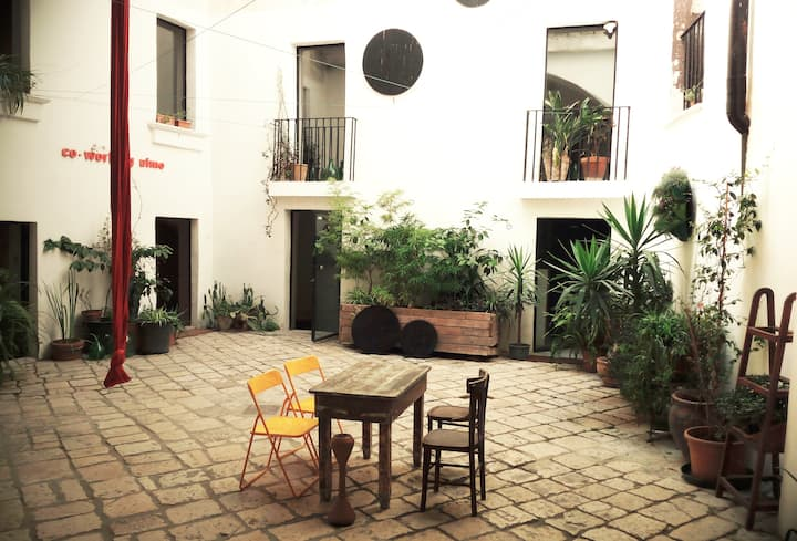 il nido   [ living in a 400year old palazzo ]