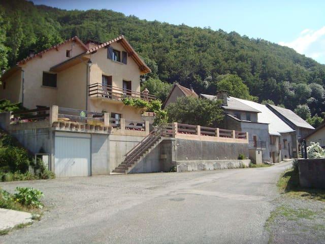 Gîte 4 personnes au calme absolu Hautes Alpes