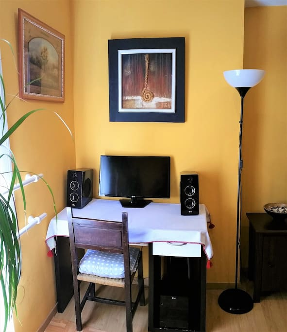 Malaga kiki room bed breakfasts for rent in m laga for Beds 4 u malaga