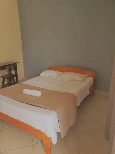 Habitacion céntrica y cómoda