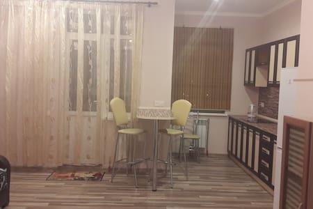 Квартиры по суточно - Rostov na Donu