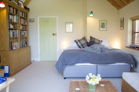 West Wittering Super King Size Bedroom - West Wittering - Casa