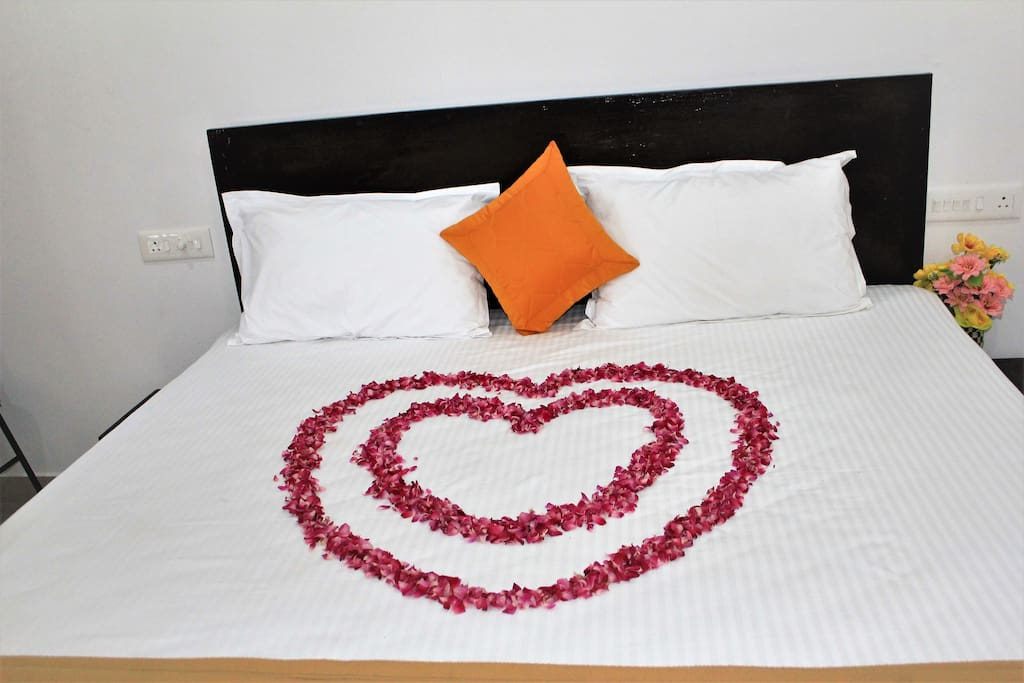 Bed arranged for Honeymoon couples...