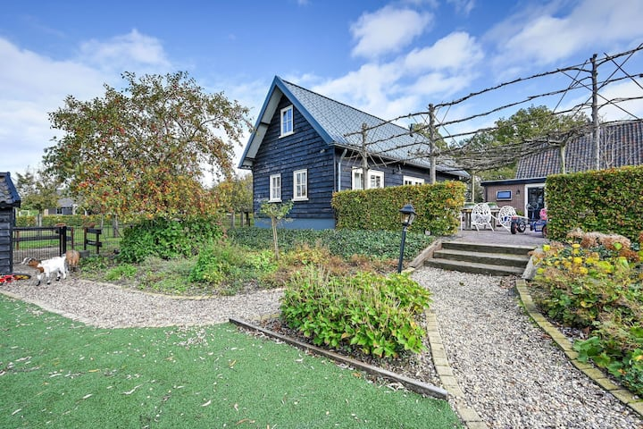 Scenic Mansion with Garden, Terrace, Swing Set, Parking