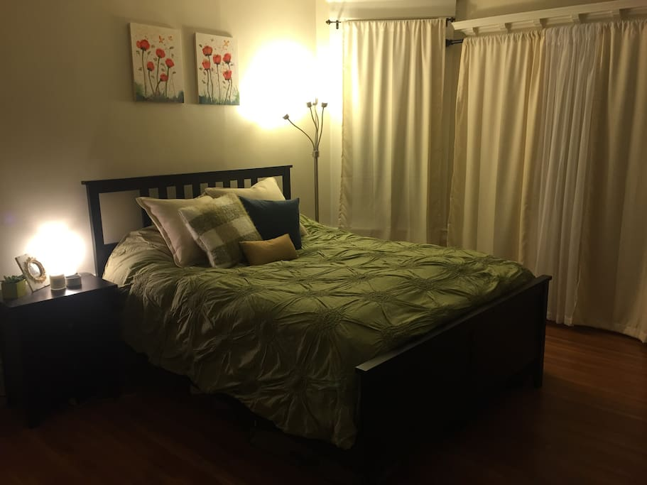 Bedroom 2: large room with queen bed
