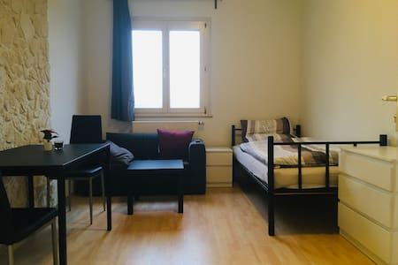 Accomodiation for up to 2 Guests in Herrenberg