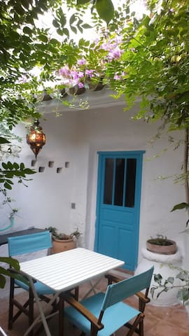 Sunny Andalusian town house - Encinas Reales - Talo