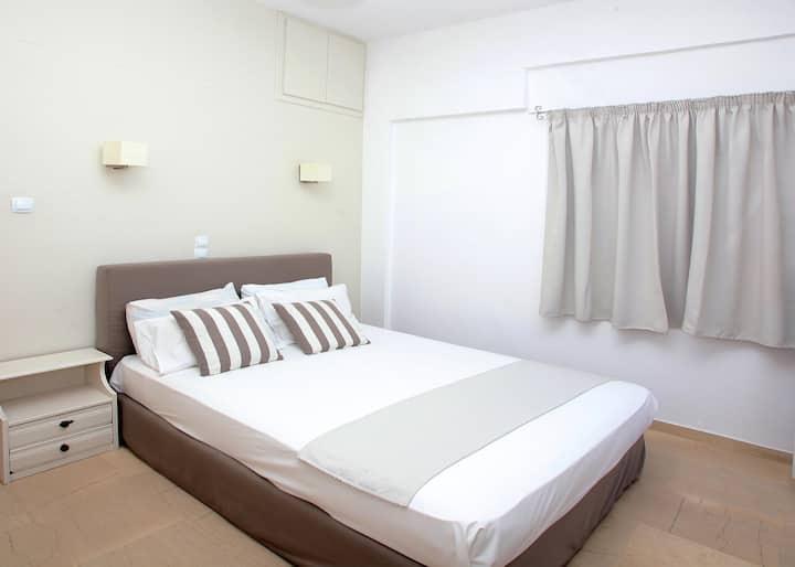 Iraklis Apts- Apartment Close to the Beach