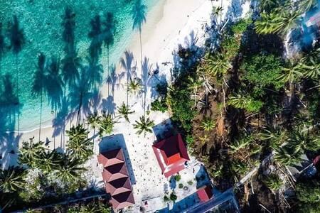 Lances bungalow   Katiet Mentawai Inclusive