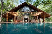 Guava House and pool